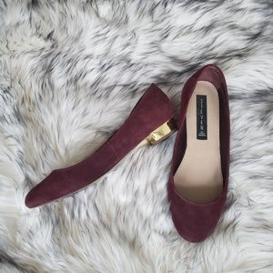Steve Madden Paigge Wine Suede Gold Heel Flats